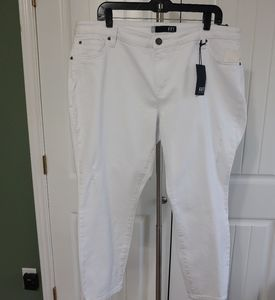 Kut From the Kloth Ankle Straight Leg White 18W